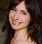 Tracy Michailidis (Vivie Warren)